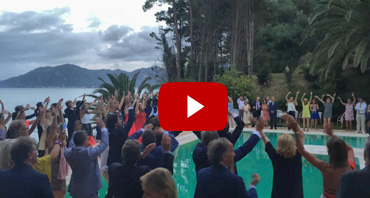 Villa Wedding flash Mob